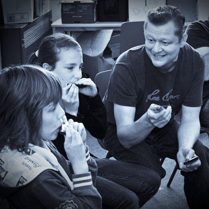 steve-lockwood-lee-oskar-harmonicas-teacher-lesson-share